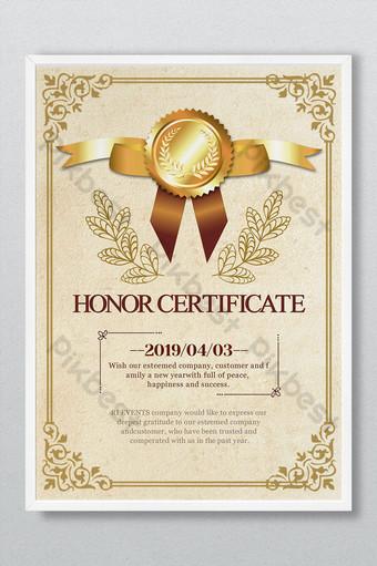 Dyplom Certyfikat Honorowy Wzór Autoryzacji Nadający Złotą Ramkę Prosty Europejski Szablon PSD
