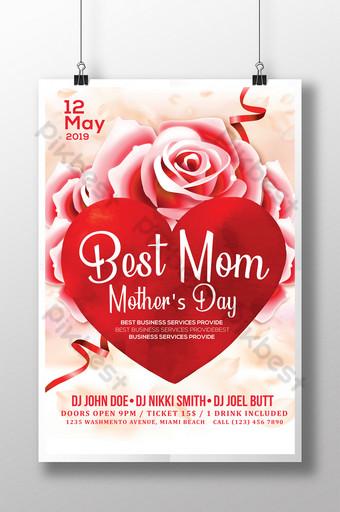 plantilla de volante floral del día de la madre con gran corazón Modelo PSD