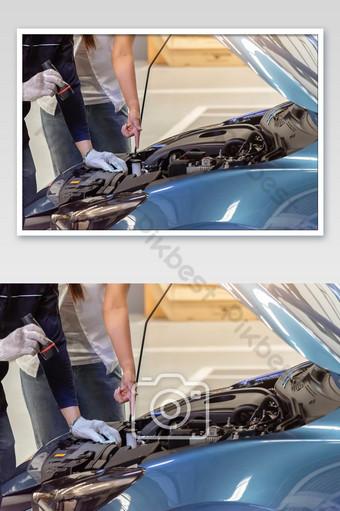 hombre, mecánico, inspección, servicio, mantenimiento, coche, foto Fotografía Modelo JPG