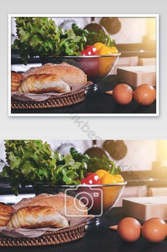 Set rau củ tươi trộn các nguyên liệu thơm ngon lành mạnh để nấu ăn hoặc làm salad Nhiếp Ảnh Bản mẫu JPG