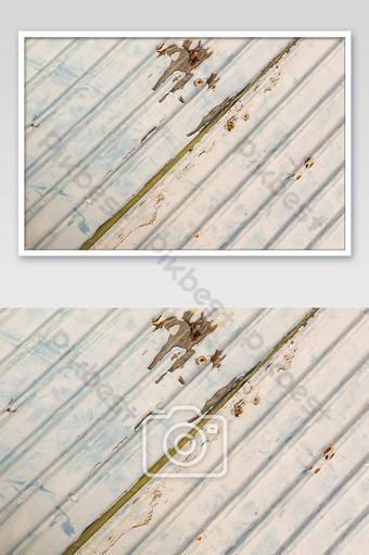 Fondo de pared de metal oxidado de zinc viejo textura de zinc de color rojo Fotografía Modelo JPG