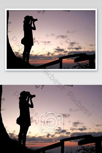 امرأة آسيوية تأخذ صورة مسافر سائح السفر عن يوم الاجازة عطلة رحلة رحلة مفهوم التصوير قالب JPG