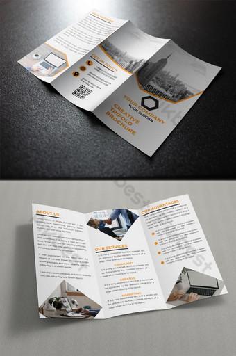 Plantilla de diseño folleto tríptico PSD Modelo PSD